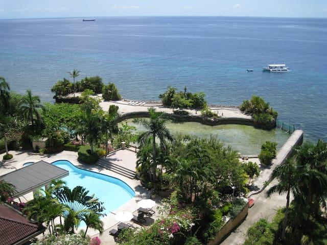 Gorgeous Resort Style Condominium - Lapu-Lapu City