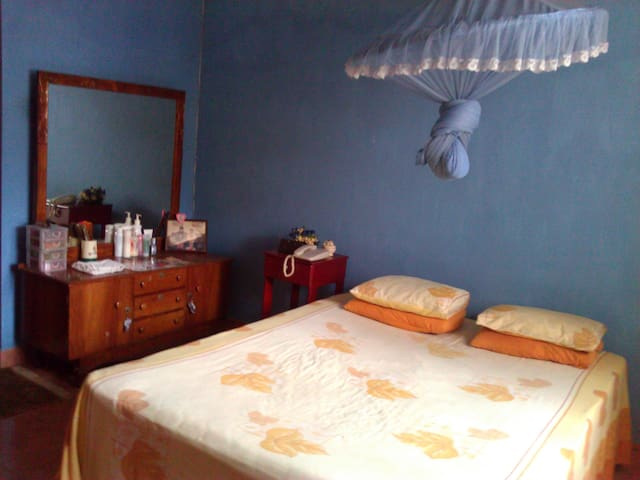 Homey  Hotel suite - Malabe - Bed & Breakfast