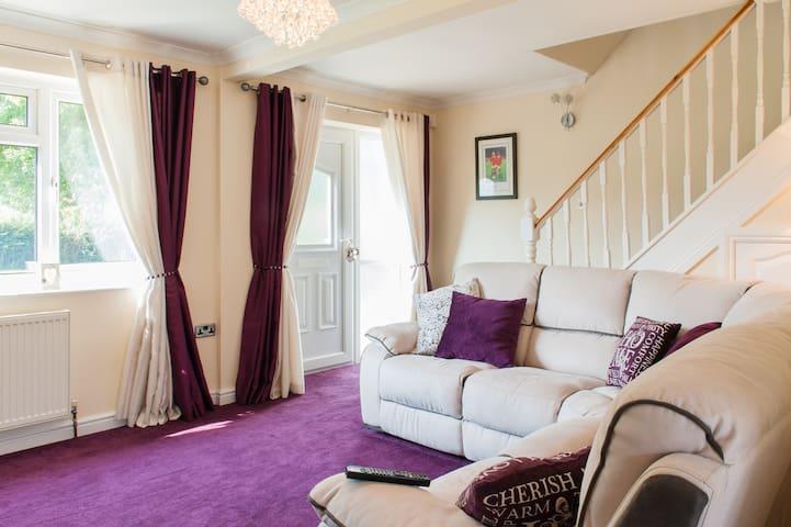 Elegant double bedroom in Yate - Yate - Bed & Breakfast