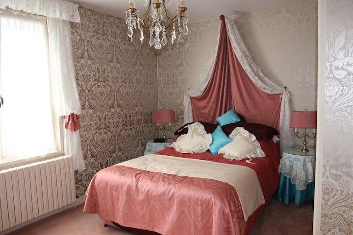 Have a memorable stay in Tournus - Tournus - Huis