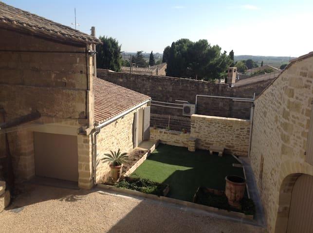Maison typique de village - Gallargues-le-Montueux - Casa