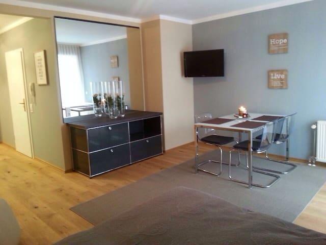 Gehobenes, möbliertes Apartment  - Goldbach - Lägenhet
