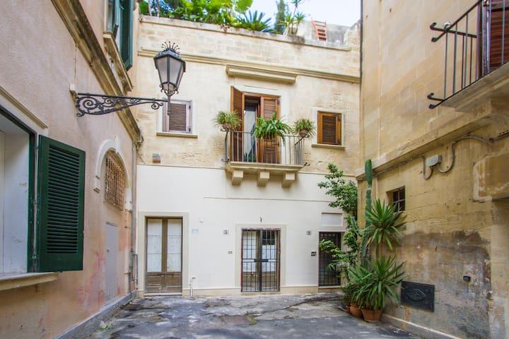 """Mono indipendente """"Cuore di Lecce"""" - Lecce - Departamento"""