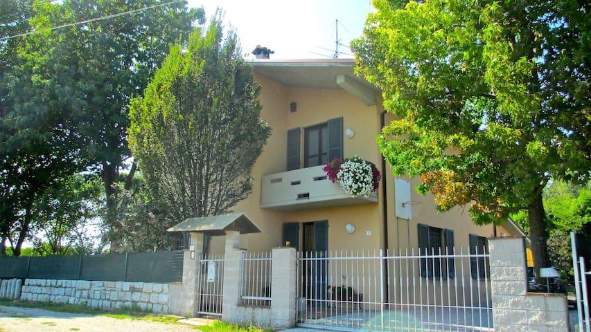 B&B La Casa del Picchio - Castelvetro Piacentino - Bed & Breakfast