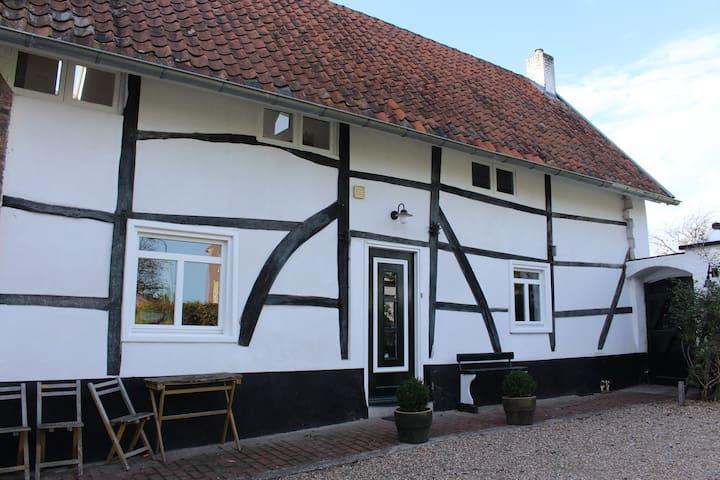Unique 'Vakwerk' holiday home - Eckelrade - Maison