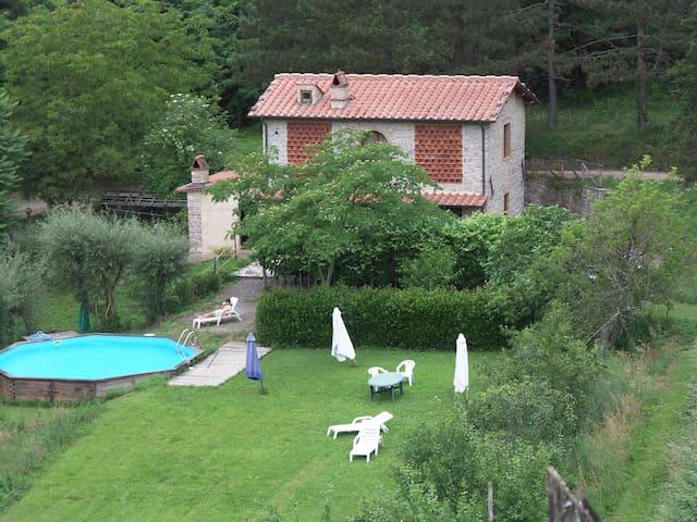 A different Tuscany Exp. (4 pers.) - Borgo a Mozzano - Leilighet