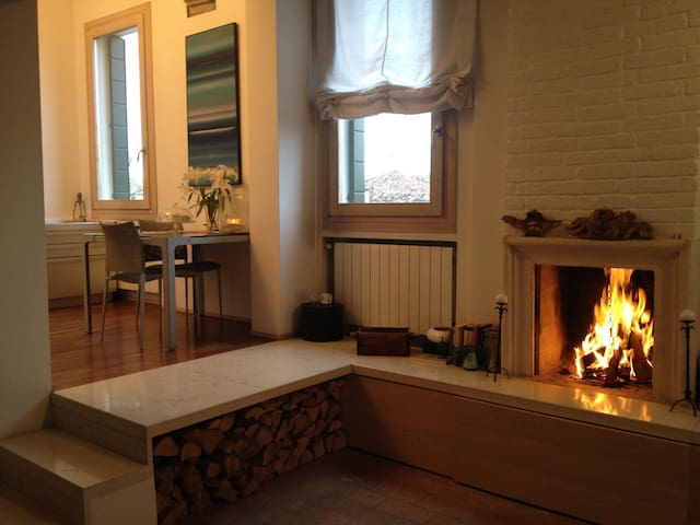 Design flat in old town centre - Dolo - Квартира