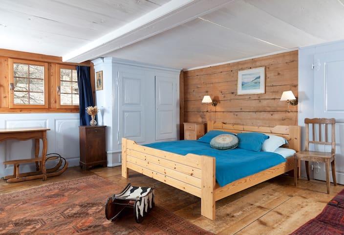 Duplex authentique dans un chalet - Reckingen-Gluringen - 牧人小屋