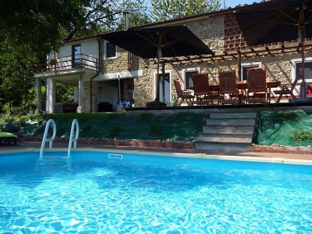 Private pool, stunning views on Tuscan hills - Partigliano