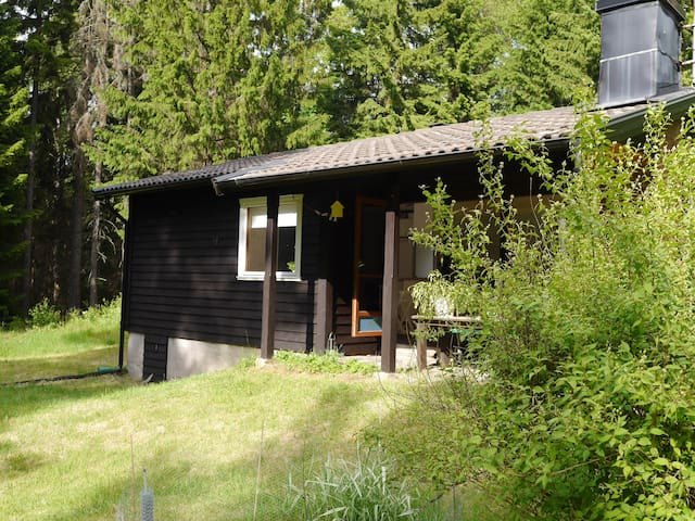 Cosy cottage in rural location. - Tollered - Hytte
