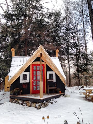 Magical Cozy Vermont Cabin & Sauna - マーシュフィールド