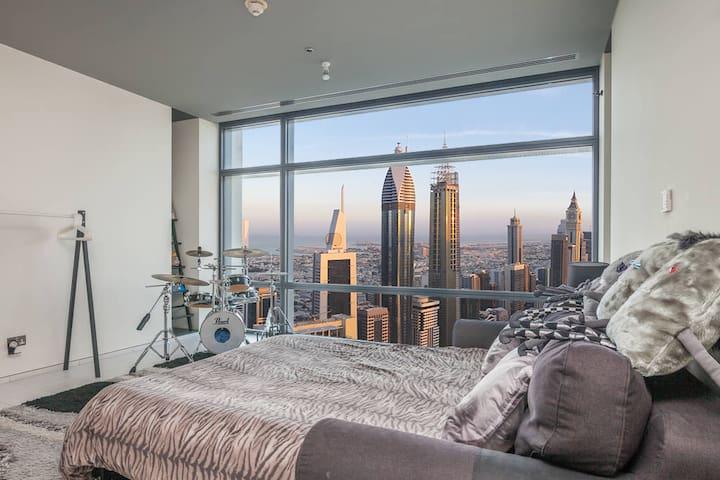 Luxury in front of Burj Khalifa - 두바이(Dubai) - 아파트