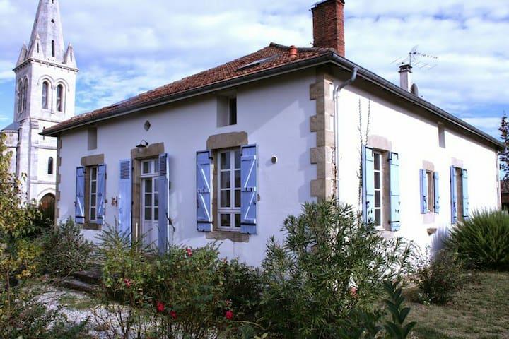 LA GRANDE MAISON - Onard - Rumah