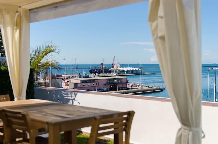 B&B Marina di Castello on the sea - Cagliari - Bed & Breakfast