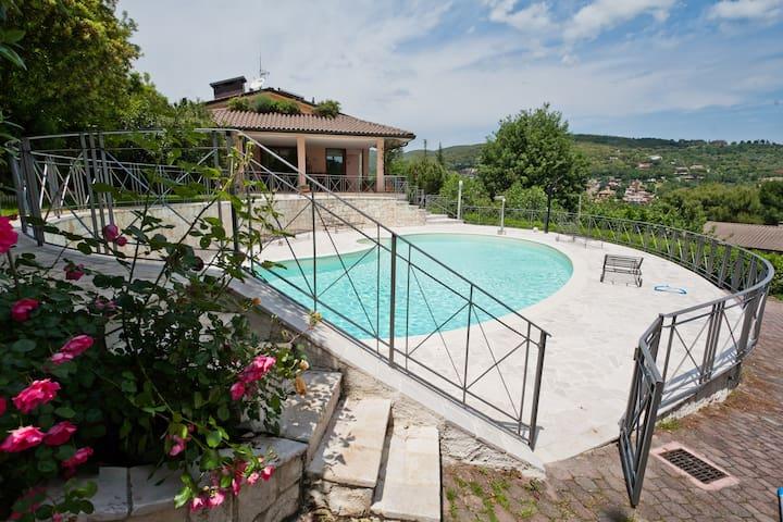 Villa with swimming pool in Perugia - 佩魯賈