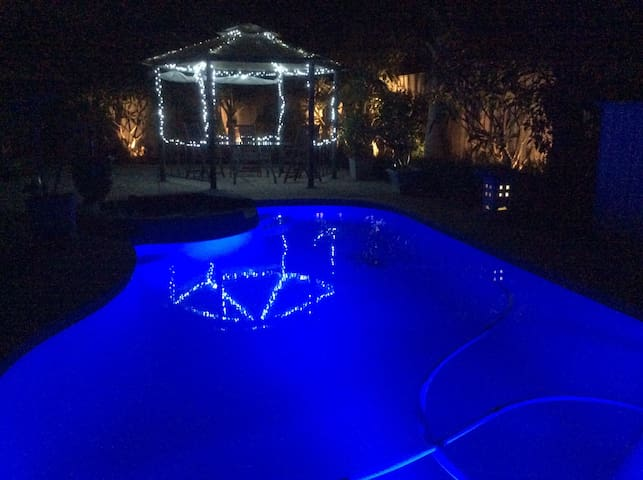 luxury home with amazing facilities - Maida Vale - Casa