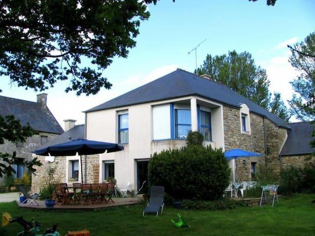 Maison au coeur de la Bretagne - Saint-Gouéno - Casa