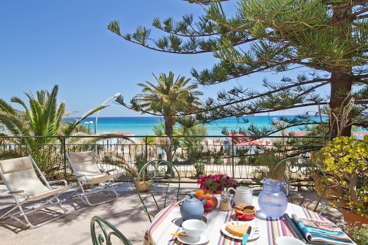 The Terrace on Mondello's Gulf - Palermo
