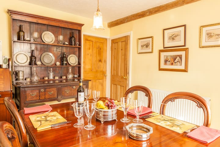 Feather Beds 200 Yr Cottage, WiFi - Thirsk - Oda + Kahvaltı