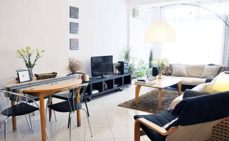 Nikolas' Apartment @ city's heart - Thessaloniki - Lägenhet