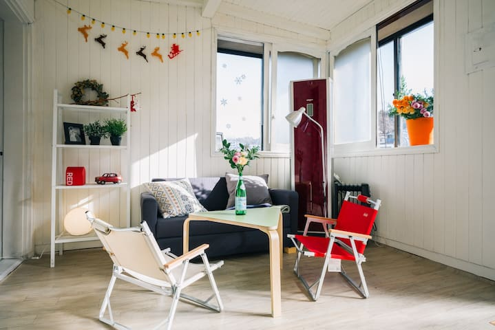 Modern&Cozy 3BR with terrace, rooftop/ 1min to bus - Dongjak-gu - Ev