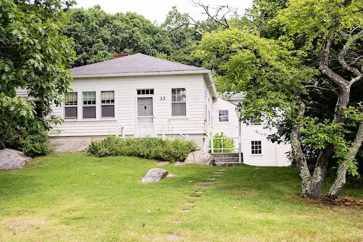 Secluded Goose Rocks Beach Property - Kennebunkport