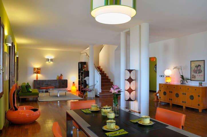 Friendly, 60s design, hilltop B&B - Monte San Pietro - Bed & Breakfast