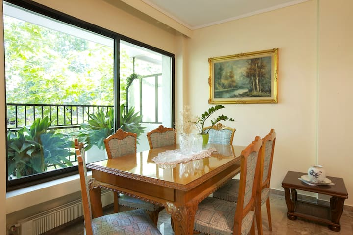 3 bedroom,145 m2 flat, close to the centre and sea - Thessaloniki - Departamento