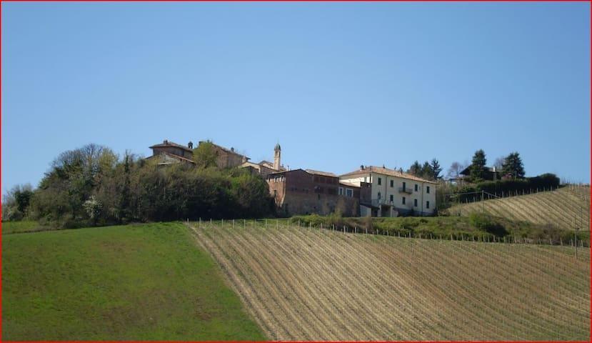 Bilocale con piscina - Monteveneroso - Daire