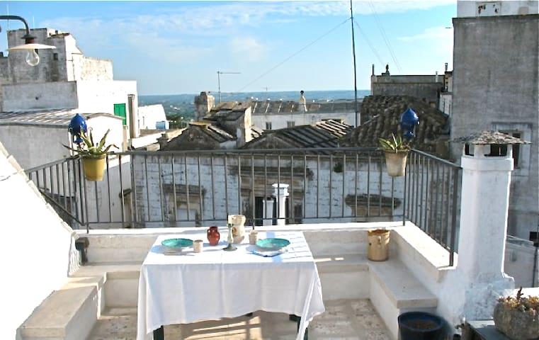Cisternino little house & terrace - Cisternino - Leilighet