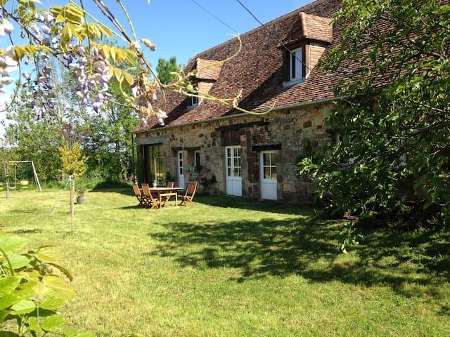 Maison en Dordogne - Badefols-d'Ans - Casa