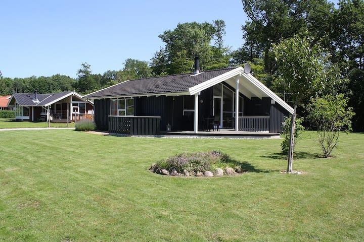 Lovely holiday house in PøtStrandby - Juelsminde - Cabaña