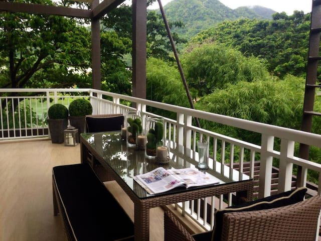 2BR Beach Condo at Pico de Loro - 納蘇格布(Nasugbu)