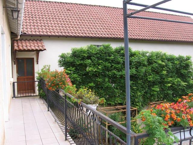 Maison à 5 km de Cahors - Pradines - Ev