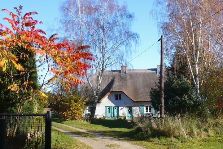 Haus am Wanderweg, 60m², Nähe Binz - Zirkow - Apartemen