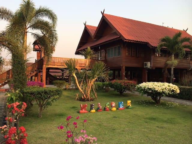 Baan Banana-Where Worries Melt Away - Chiang Mai - Casa de camp
