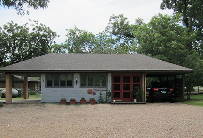 Studio G in McKinney TX - McKinney - Haus