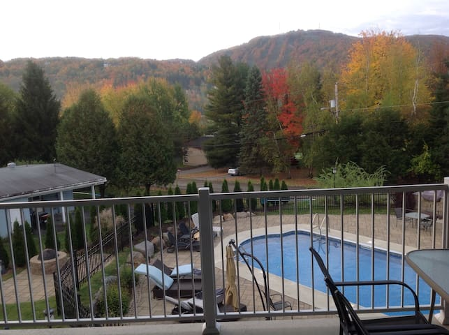 Condo all included with jacuzi - Bromont - Appartement