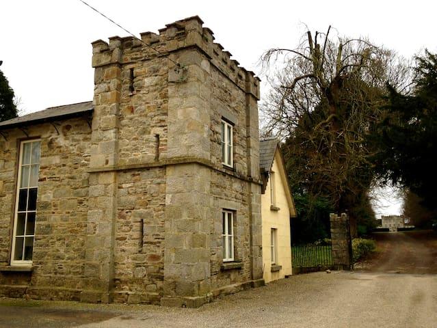 Gate Lodge to Huntington Castle - Clonegal - Casa