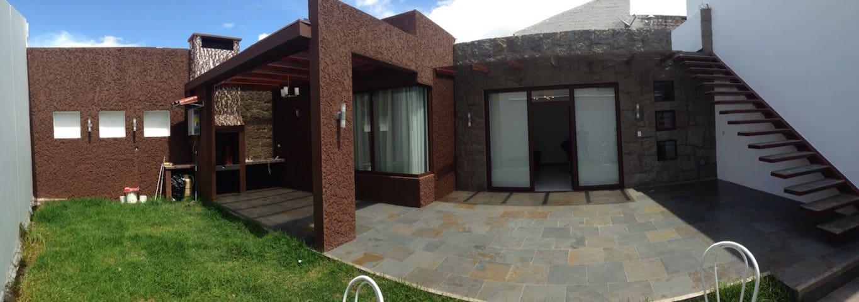 Cozy 1 bedroom with parking - Cuenca - Huis
