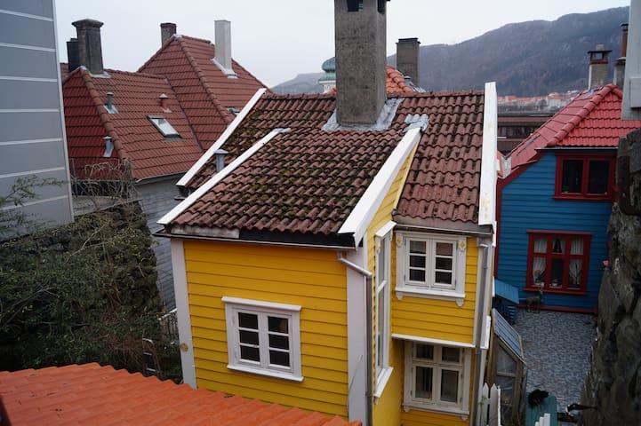 Traditional small Bergen house - Bergen