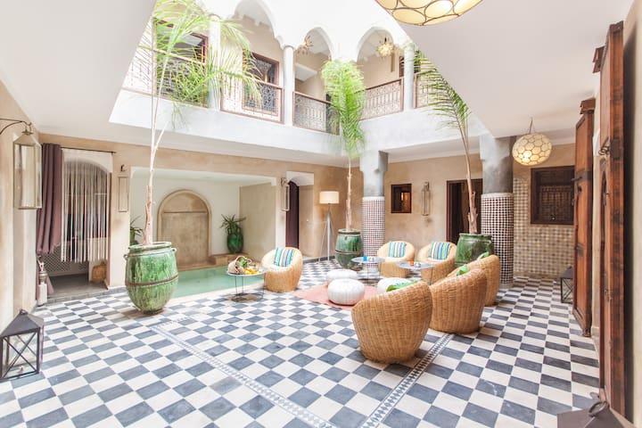 Riad chic privatisé piscine&WIFI - Marrakesh - Rumah