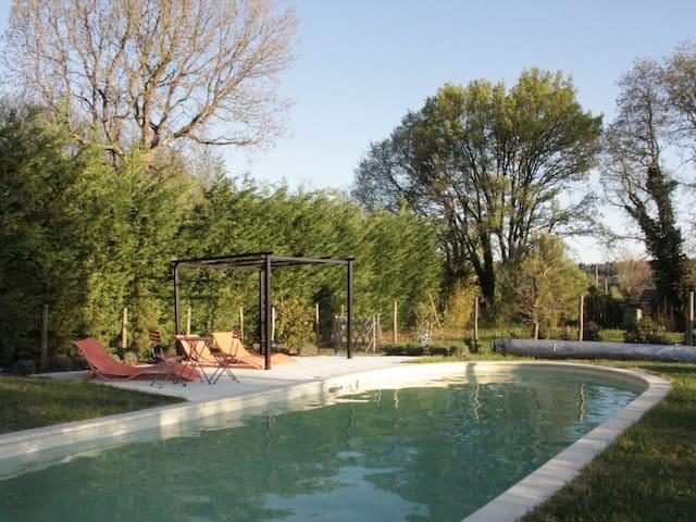 charming apartment near Uzès - Saint-Laurent-la-Vernède - Appartement