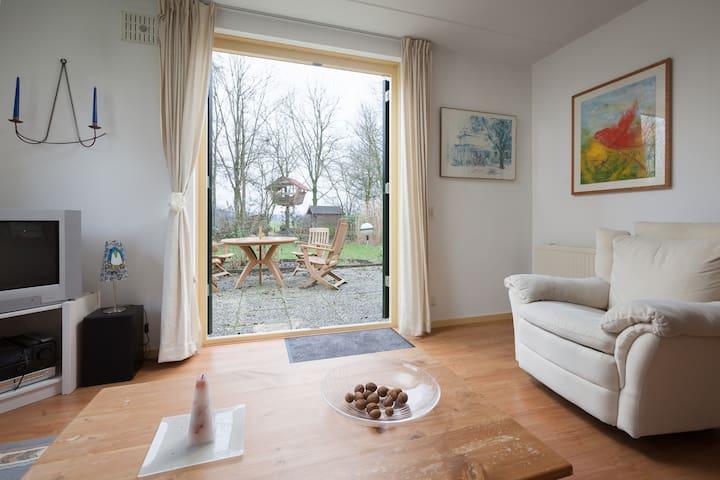 rustige vakantiewoning bij nijmegen - Ewijk - Casa
