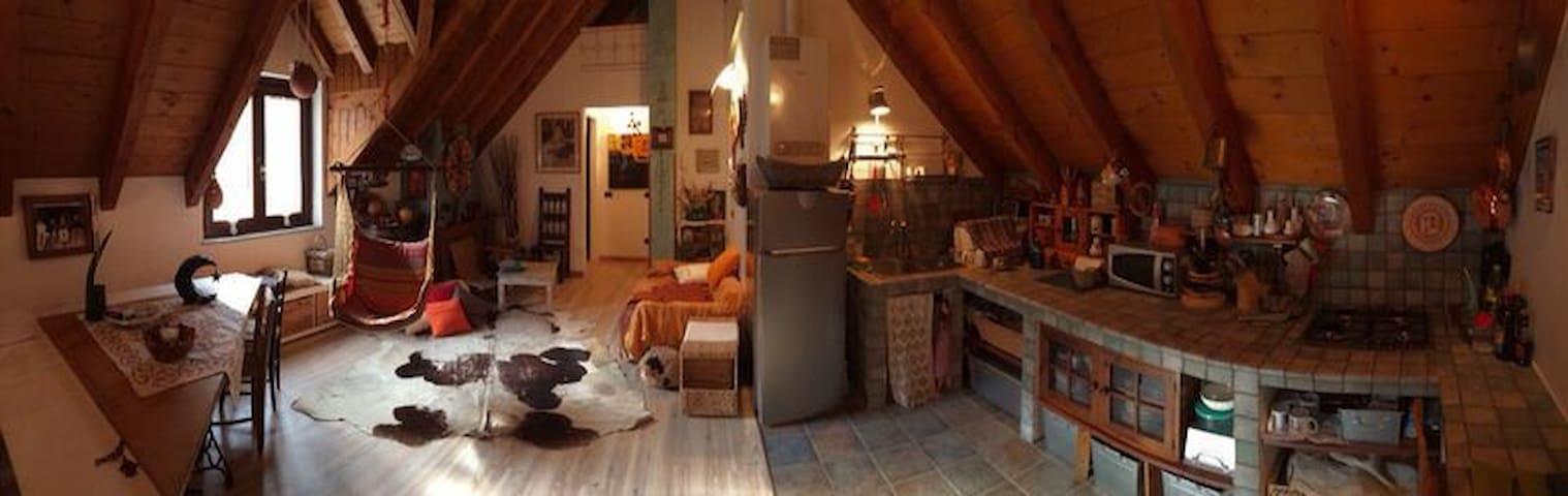 Mansarda in casa montana in pietra - Bannio Anzino - Departamento
