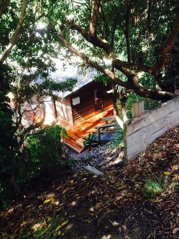 Warm Cosy Cabin - Small Private Bedroom - 洛恩(Lorne)