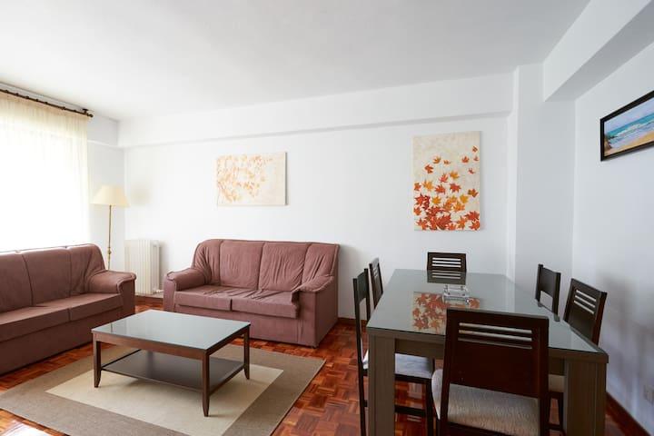 Apartamento amplio, limpio y cómodo - Barañáin - Wohnung