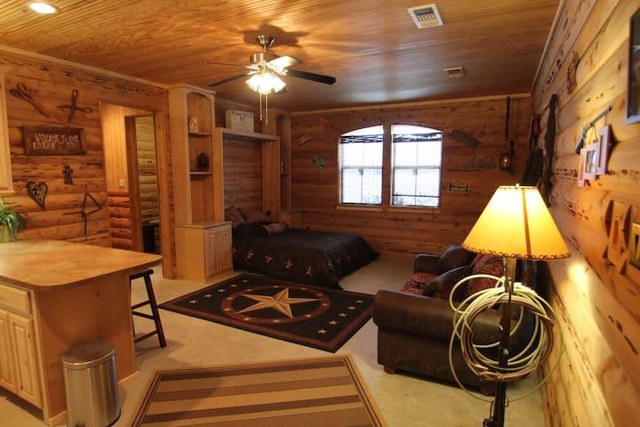 Private Cozy Cabin or business stay - Venus - Houten huisje