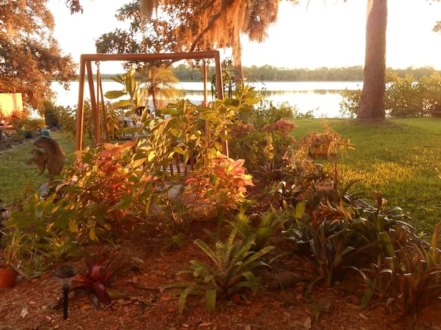 Relax at the Rose Bay House - Port Orange