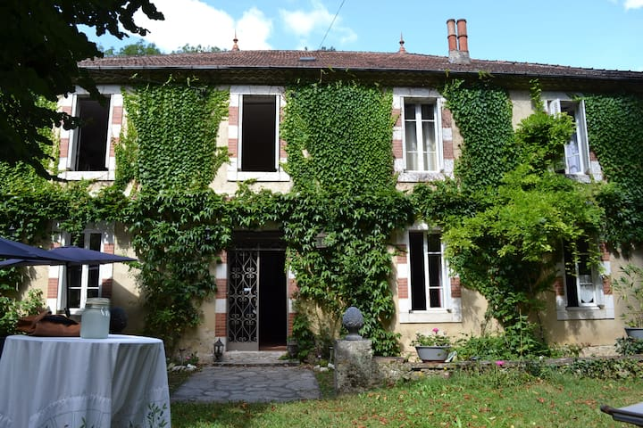 Large house with pool Gers - France - Mauvezin - Ev